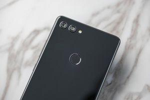 Smartphone chip Snapdragon 710, RAM 6 GB, pin 'khủng', giá gần 7 triệu