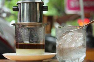 Trà đá Sài Gòn, cà phê Hà Nội
