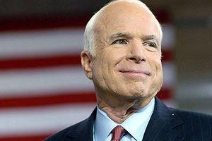Tổng thống và giới chức Mỹ chia buồn trước sự ra đi của John McCain