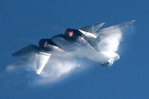 Video chưa từng công bố về tiêm kích 'bóng ma bầu trời' Su-57