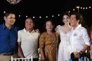 Đánh bật sức nóng show 'vừa gặp đã hôn', tiệc đính hôn Song - Song phiên bản Việt của Nhã Phương - Trường Giang trở thành từ khóa hot nhất tuần