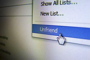 Đây là lý do khiến chúng ta cảm thấy tội lỗi khi unfriend ai đó trên Facebook