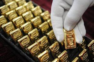Giá vàng trong nước nghịch chiều với giá vàng thế giới