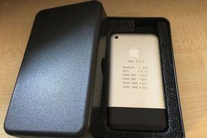 Xuất hiện nguyên mẫu iPhone cực kỳ hiếm trên eBay