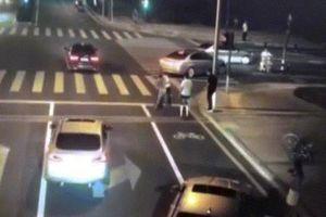 TQ: Chi tiết vụ tài xế BMW rút dao chém người, không ngờ chết thảm