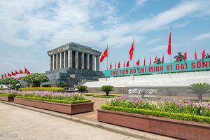 Ngắm Quảng trường Ba Đình qua ống kính phóng viên quốc tế