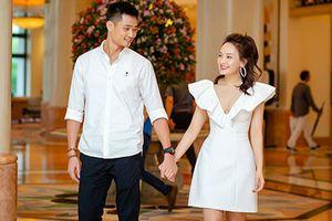 Bảo Thanh và ông xã công khai tình tứ tại sự kiện