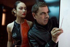 'Johnny English: Tái Xuất Giang Hồ' tung trailer mới hé lộ nhiều chi tiết éo le về chàng điệp viên nhái James Bond
