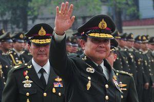 Phe quân sự Thái lôi kéo đảng viên cũ của Thaksin trước bầu cử