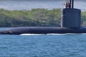 Tàu ngầm Mỹ trang bị tên lửa Tomahawk đi vào Địa Trung Hải