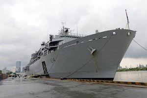 Tàu hải quân hoàng gia Anh thăm và giao lưu tại TP HCM