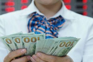 Tỷ giá ngày 4.9: USD chợ đen vẫn lình xình quanh mức 23.250 VND/USD