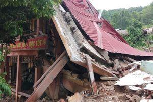 Thanh Hóa: Xót xa khung cảnh trường học tan hoang trước ngày khai giảng