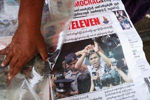 Báo chí Myanmar bênh vực 2 phóng viên Reuters bị kết án tù