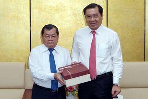 Nâng quan hệ hữu nghị Việt-Lào lên tầm cao mới