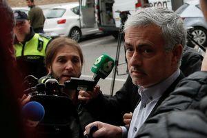 HLV của M.U Jose Mourinho chấp nhận án tù 1 năm về tội trốn thuế