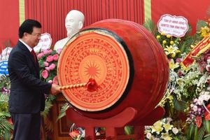 Phó Thủ tướng Trịnh Đình Dũng dự khai trường tại Vĩnh Phúc