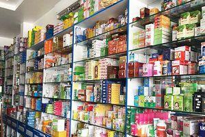 Mua, bán và sử dụng thuốc: Chưa ở đâu dễ như ở Việt Nam