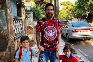 Leo Messi làm gì trong những ngày rời xa trái bóng?
