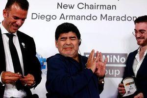 Maradona có quá nhiều 'show'