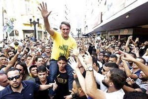 Nóng nhất hôm nay: Ứng viên tổng thống Brazil bị đâm dao khi vận động tranh cử