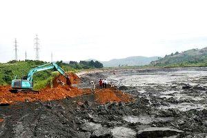 Hé lộ nguyên nhân vỡ hồ chứa chất thải phân bón ở Lào Cai