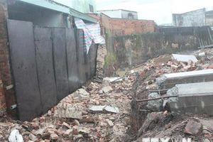 Đồng Nai: Tai nạn sập tường rào khiến 3 công nhân thương vong