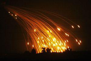 Nga tố Mỹ tấn công Syria bằng bom phốt pho