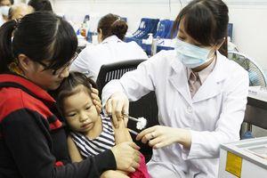 Nhiều điểm tiêm phòng tại TPHCM gián đoạn vì thiếu vaccine Quinvaxem