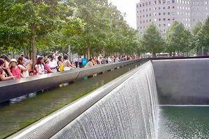 'Đài' tưởng niệm sự kiện 11/9 ở nước Mỹ: Căm giận và Yêu thương