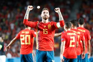 Tây Ban Nha đại thắng Croatia 6-0: HLV Enrique và cuồng phong đỏ