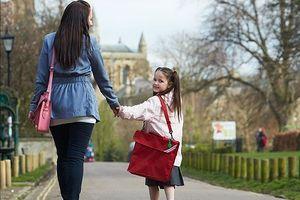 Trường Australia tính phí phụ huynh đưa trẻ đến quá sớm