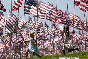 Hình ảnh nước Mỹ tưởng niệm các nạn nhân loạt vụ khủng bố 11/9