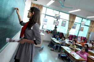 Giáo viên phải giỏi ngoại ngữ, chuyện xa vời?