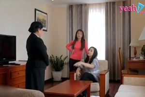Tưởng con vẫn đắc sủng, mẹ Công đến chỗ Nhi lên mặt nhưng bị nhân viên đuổi thẳng, phải về bám váy Hương