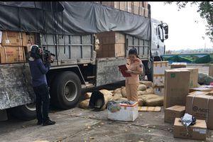 Thanh Hóa: CSGT bắt giữ hơn 1 tấn da đà điểu ôi thiu