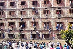 Nhức nhối nạn 'mafia gian lận thi cử' lộng hành kiếm tiền từ sĩ tử mùa thi ở Ấn Độ