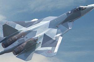 Su-57 trong lễ duyệt binh sau màn răn đe ở Syria