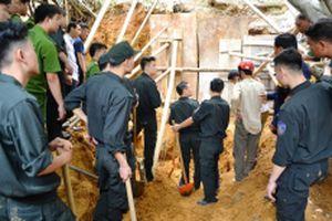 Sập đất làm ba người chết tại Lào Cai