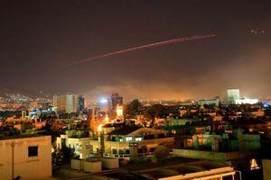 Nóng trên mạng xã hội: Tranh luận nảy lửa về việc không kích Syria