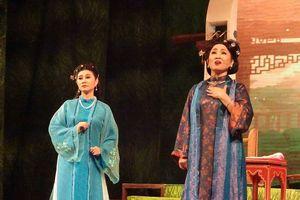 Thầy Ba Đợi đông nghẹt khán giả đêm công diễn