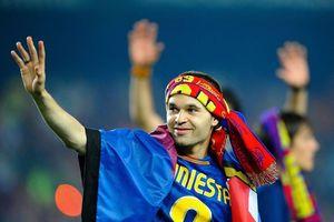 Iniesta nhận đặc ân từ Hoàng gia Tây Ban Nha