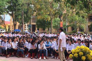 Thưa Giáo sư Nguyễn Lân Dũng, con nên học gì để không thất nghiệp?