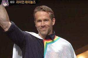 'Deadpool' Ryan Reynolds gây náo loạn khi bí mật thi hát ở Hàn Quốc