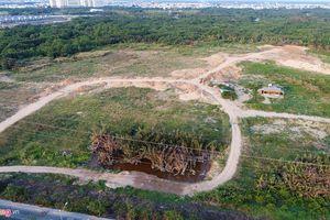 Bộ Tài chính nhận nhiều chất vấn về đất công bị 'xẻ thịt'