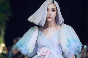 Chân dung chàng người mẫu lưỡng tính gây sốt tại The Face 2018