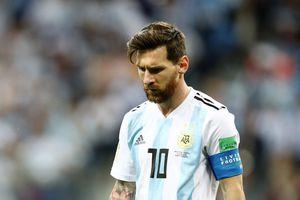Argentina sp 'bt bãi', Messi vn không t b gic m vô ch