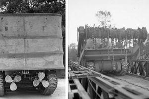 Kỳ dị cách quân Đồng Minh đưa xe tăng 'bơi' qua eo biển Manche