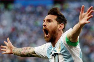 Cuộc đối thoại 'vực dậy' Argentina bước qua khe hẹp vào vòng 1/8