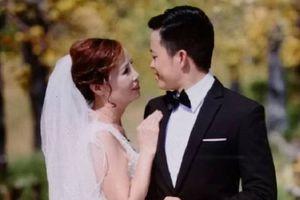 Bị chế nhạo vì kết hôn với chú rể 26 tuổi, cô dâu 61 tuổi bức xúc: 'Dù có già nữa, chúng tôi vẫn có quyền được yêu và lấy nhau'